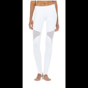 ♧ Alo Yoga Coast Leggings ♧